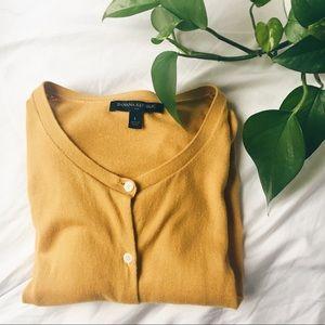 BANANA REPUBLIC • yellow cardigan